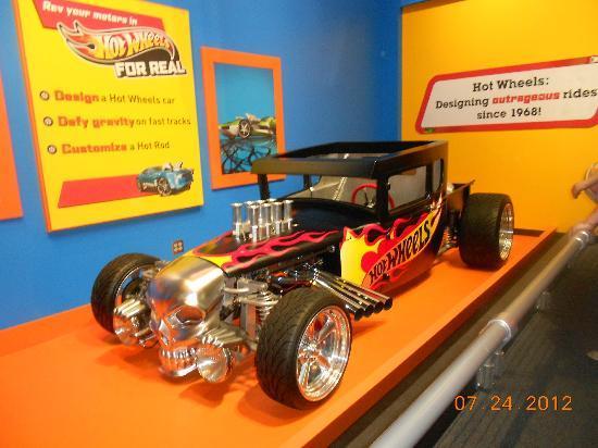 Children's Museum of Indianapolis : hot wheels