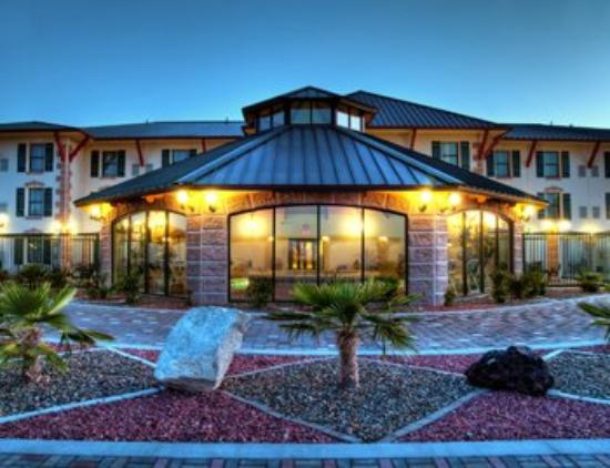 Photo of BEST WESTERN PLUS Swiss Chalet Hotel & Suites Pecos