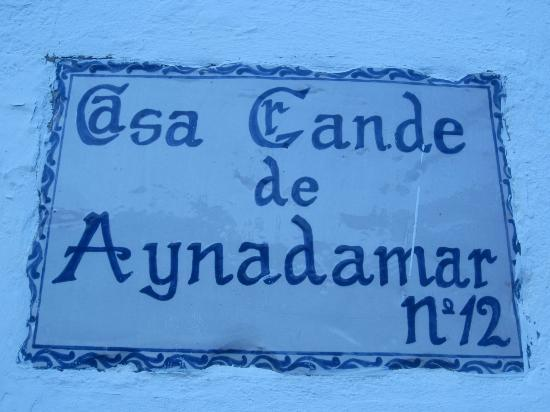 Escuela Carmen de las Cuevas: My apartment. All of the addresses in the Albayzin are on plaques like this outside the front d