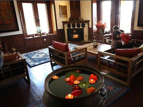 Songtsam Retreat at Shangri la - MGallery Collection: Restaurant