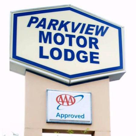 Park View Motor Lodge: Exterior
