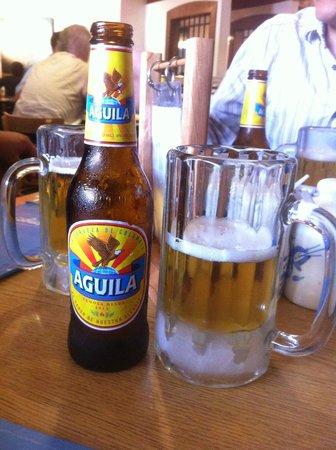 Mondongo's Restaurant: Great beer