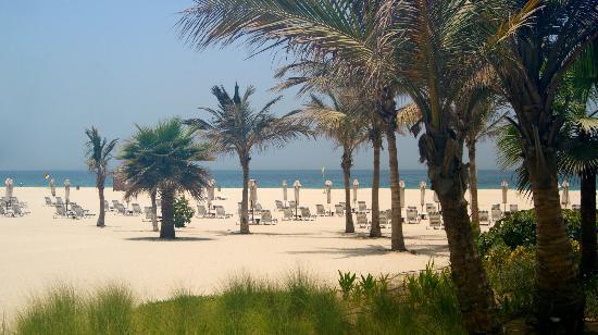 The Ritz-Carlton, Dubai: privater Strand-Bereich