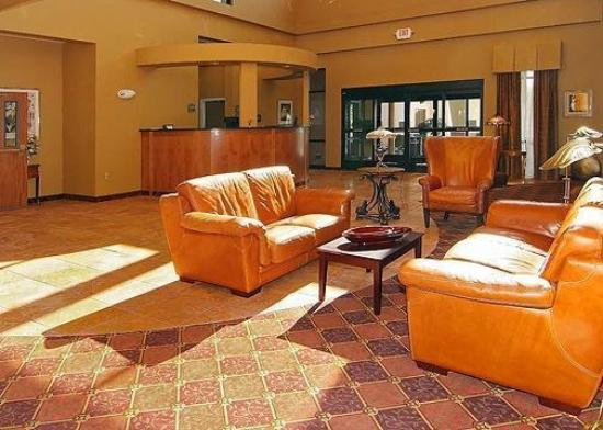 Holiday Inn Express & Suites - Harrisburg West: Lobby View