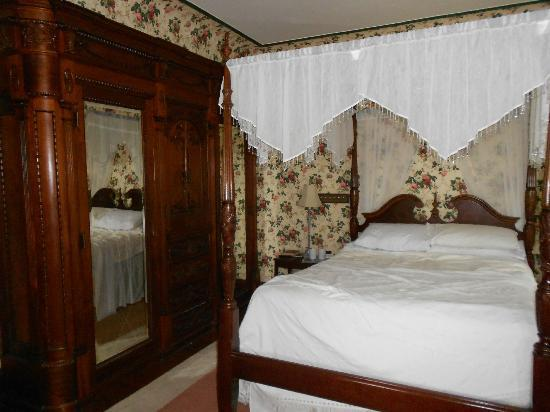 Shearer Elegance Bed and Breakfast: Guest Room