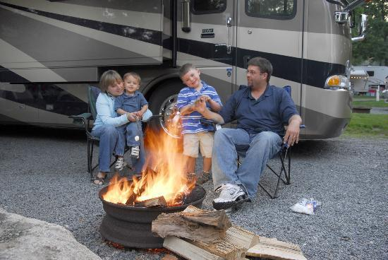 Normandy Farms Family Camping Resort: Campsites