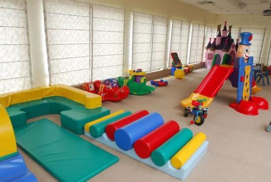 Hotel Prestige: Play Room