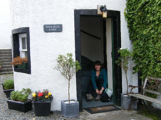 Inveraray Townhouse and Loft: Door To Loft