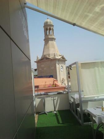 Restaurant Gaudir: City Hall from the balcony