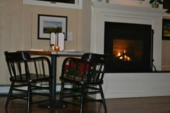 Drift Away : Quaint tab le for 2 by the fireplace
