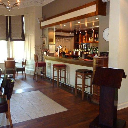 Richmond Park Hotel: P