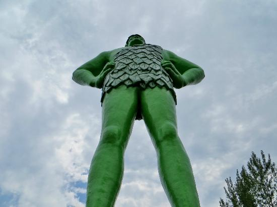 Green Giant Statue Park: View from the ground up