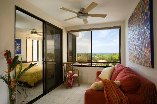 Tropical Gardens Suites & Apartments: Coco Sunset Hills