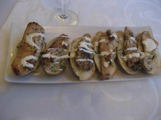 Horda Hotel: delicious bruschetta wit chicken