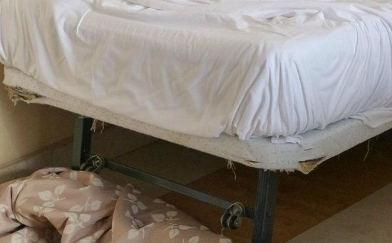 Hotel Levante Club & Spa: State of beds when covers were removed was disgraceful I have dumped better