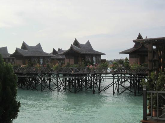 Sipadan Mabul Resort: Water bungalow rooms 
