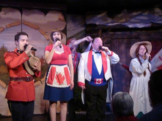 """Oh Canada Eh? Dinner Show: La troupe de """"Oh Canada Eh !"""""""