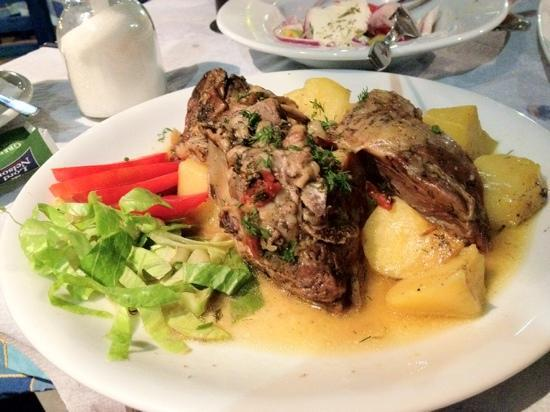 Estia Traditional Grill House: lamb in oven with potatoes