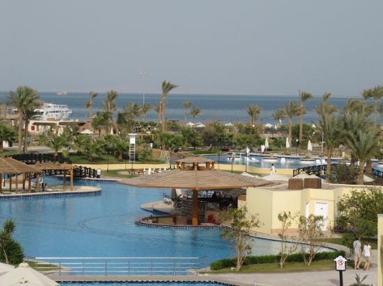 Steigenberger ALDAU Beach Hotel: Вид с балкона номера