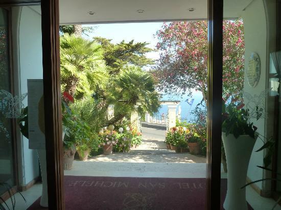 Hotel San Michele: Front door of hotel