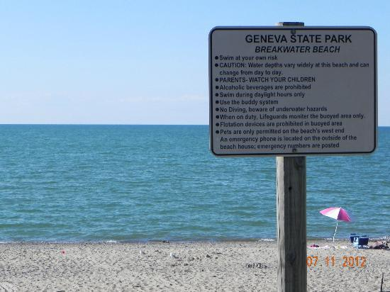 Geneva on the Lake, OH: The state park beach sign