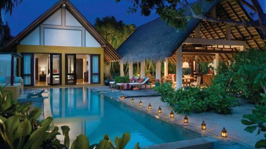 Four Seasons Resort Maldives at Landaa Giraavaru: Beach Villa