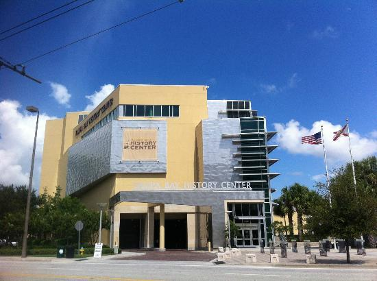 Tampa Bay History Center: Building entrance