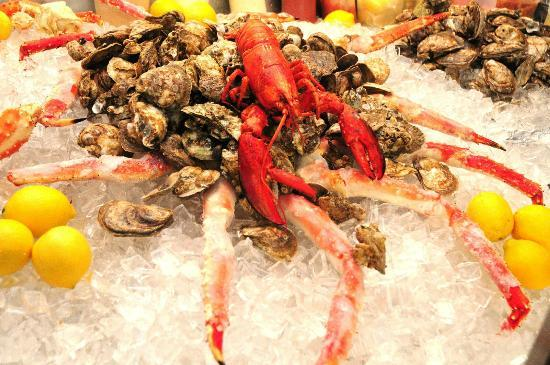 Raw Bar Maine Lobster King Crab Legs Jumbo Shrimp Oysters