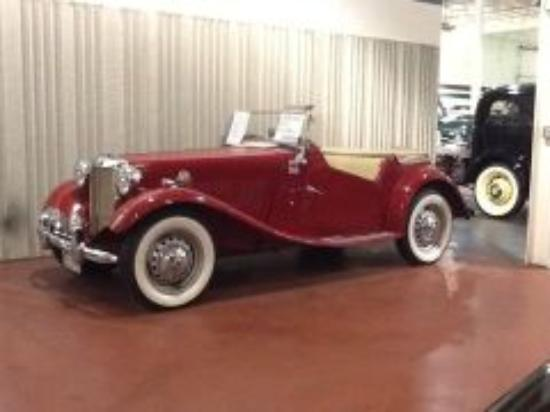 Rogers, MN: 1951 MG TD Convertible