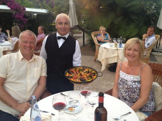 Cala San Vincente, Spain: paella night