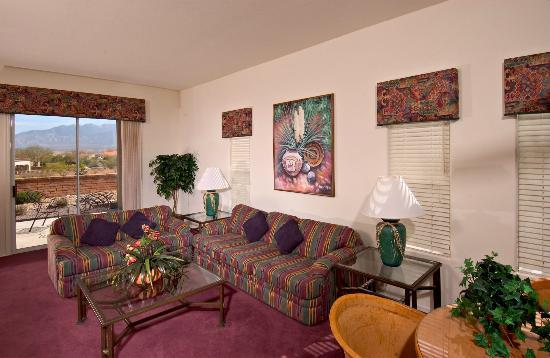 Inn at San Ignacio: Luxury Villa Suite Living Room
