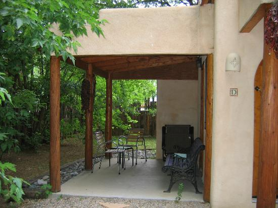 Burch Street Casitas Hotel: Porch of Casita D