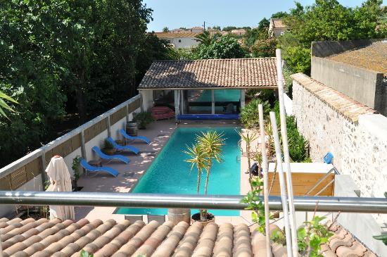 Petit Hotel Marseillan : Blick von der Frühstücksterrasse über die Dächer
