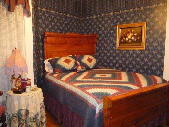 Photo of Victorian Guest House Nappanee