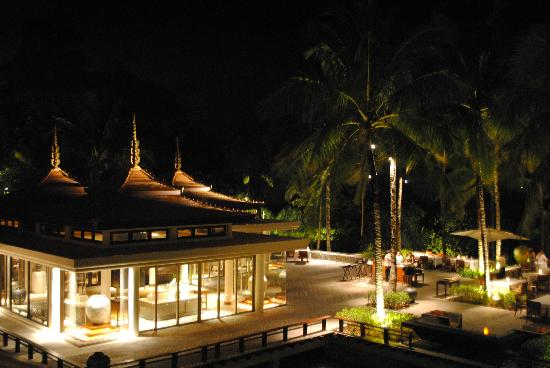 Trisara Phuket: Resort at night