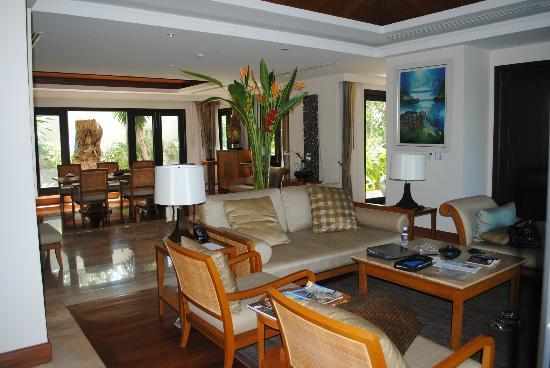 Trisara Phuket: Villa living room facing dining area