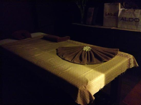 The Leisure Spa: Treatment Bed