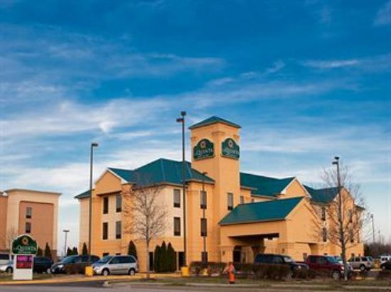 La Quinta Inn & Suites Louisville: Hotel
