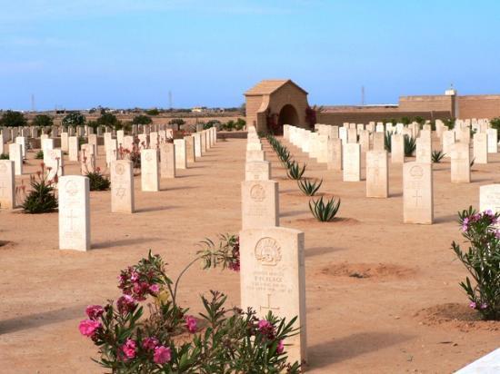 Tobruk, Libya: 454