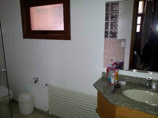 Pousada Bernardete: banheiro