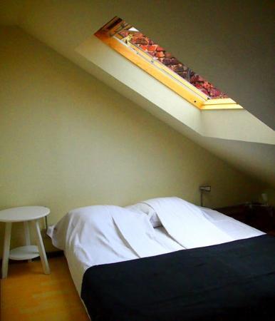 YENN b&b: loft bedroom (Elias)