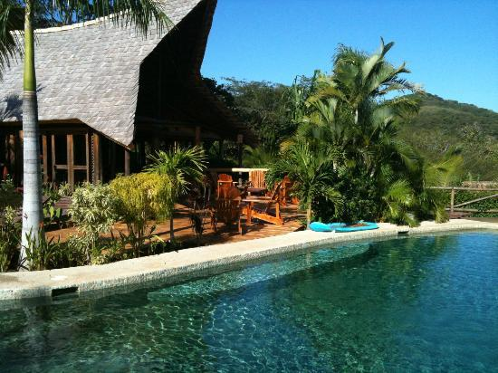 El Sabanero Eco Lodge: Relax in the pool