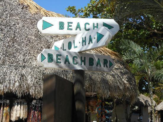 Hotel Akumal Caribe: Signpost