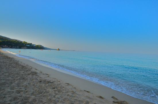 Avra Private Suites: The stunning beach!