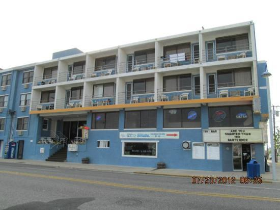 Oceanic Hotel : front of the hotel