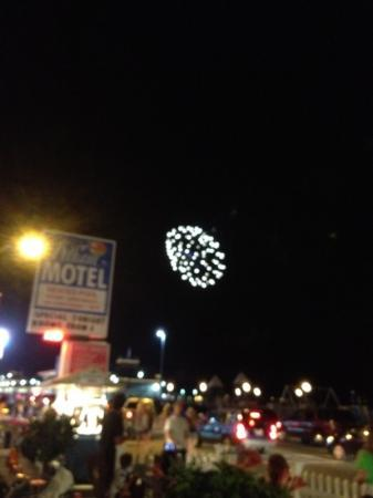 The Pelham Resort Motel: fireworks every Wednesday night