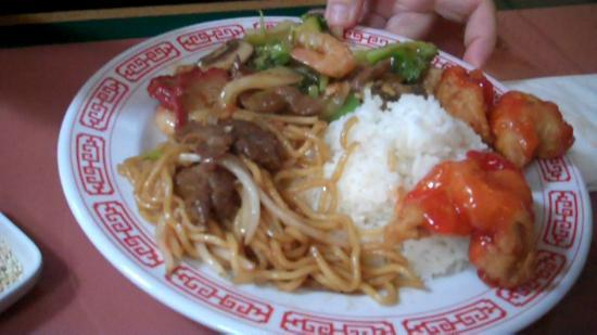 Silver Dragon house special chow mein