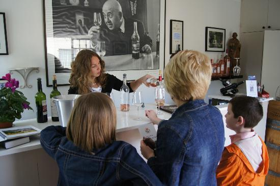 Provence Wine Tours : Us with Gaetane at the second winery