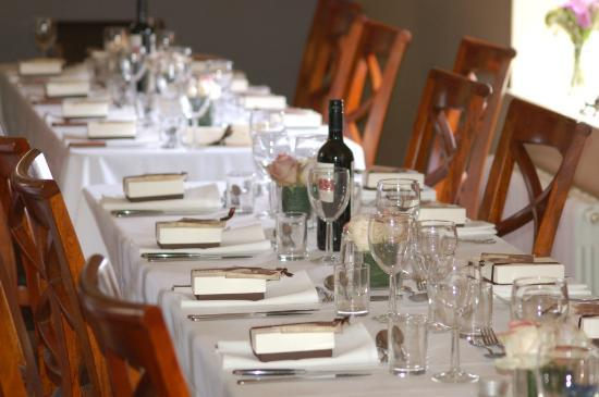 Harpur's of Melbourne: The beautiful wedding tables