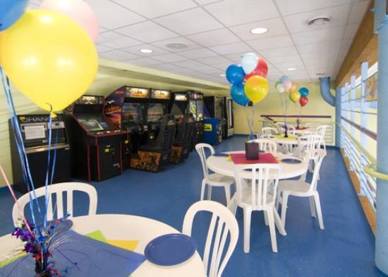 Holiday Inn Express & Suites Rogers : Mn Gamerm